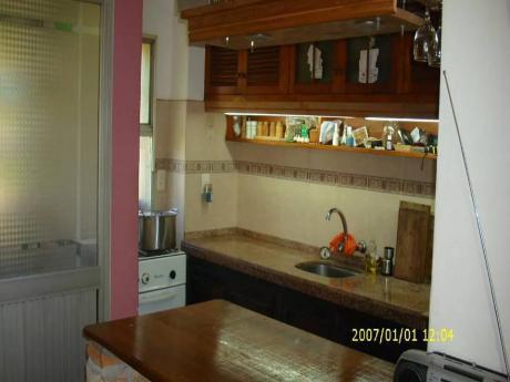 Apartamento 2 Dormitorios En J E Michelena