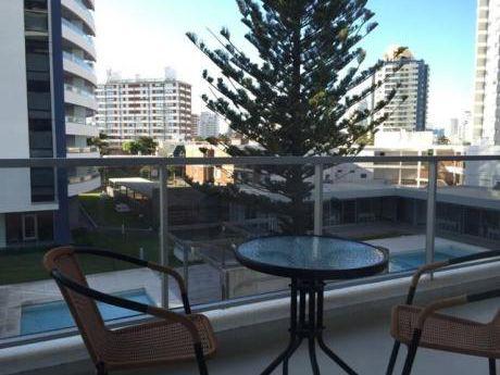 Comodo Apartamento A 2 Cuadras De Playa Brava
