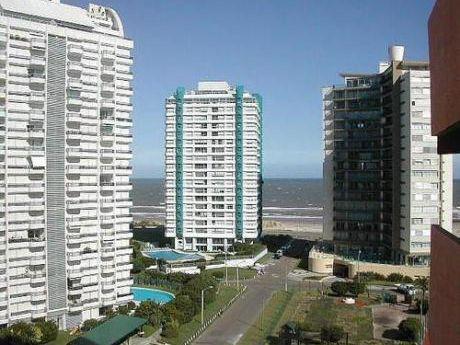 Apartamento A Metros De Playa Brava