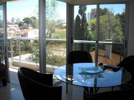Moderno Apartamento De 2 Dorm. Gastos Bajos!