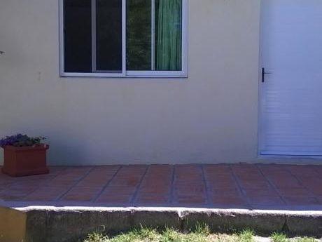 Casa Para 4 Personas A 5 Cuadras De La Playa.