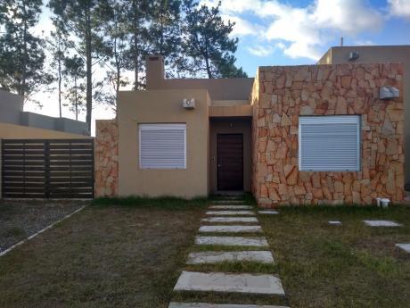 Casa En Alquiler 3 Dormitorios Dos Baños Patio Y Parrillero Portal Del Este