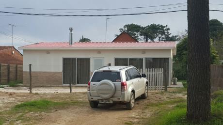 Casa Centrica Nueva De 4 Dormitorios Y 3 Baños