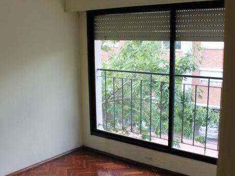 Apartamento, 2 Dormitorios Pocitos, Excelente Ubicación
