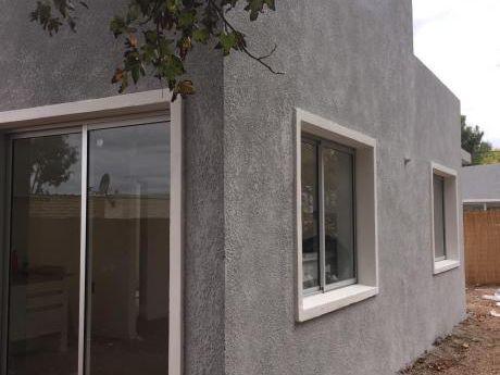 Casa 2 Dorm Estrene O Invierta Para Alquiler!! Solymar Norte