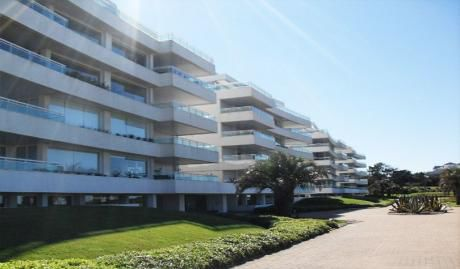 Espectacular Departamento Pent-house Frente Al Mar En Edificio Aqualina.
