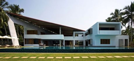 Hermosa Casa Exclusiva En El Centro De Santa Cruz