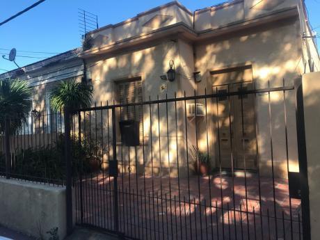 Casa 2 Dormitorios Brazo Oriental.