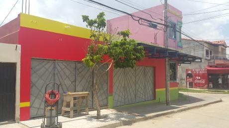Bs. 1600 Vivienda Con Local Comercial