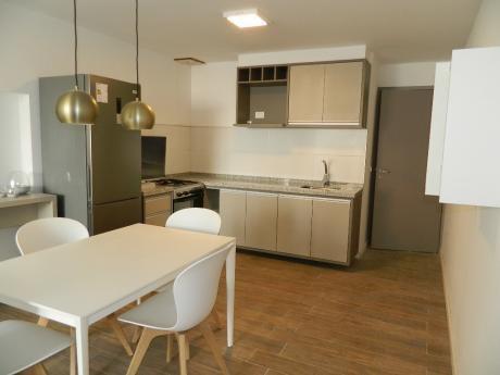 Apartamento De Un Dormitorio En Punta Carretas. En Fabuloso Entorno!