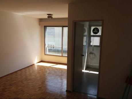 Apartamento En Centro Muy Buena Ubicación