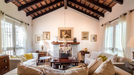 Muy Linda Casa Reciclada En Carrasco