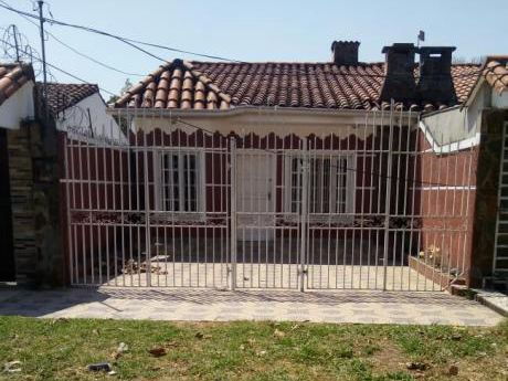 Alquilo Casa Sobre Avenida Nueva Jerusalen