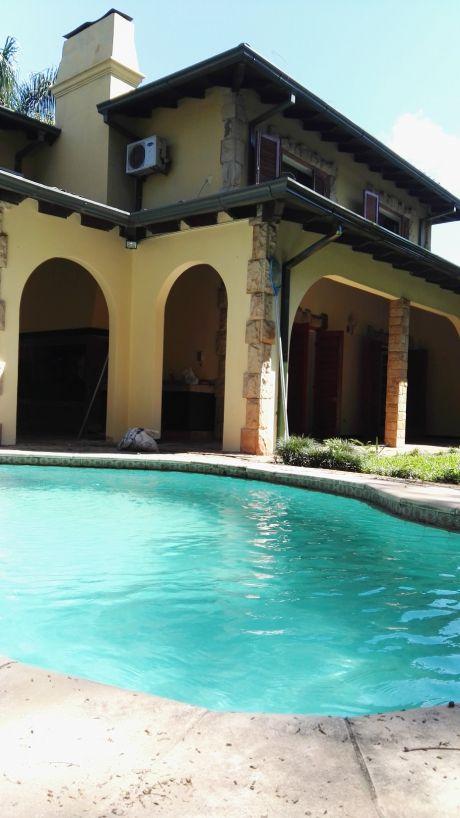 Casa En Mburucuyá