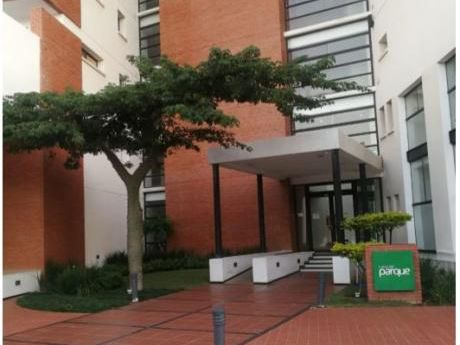- Condominio Lares Del Parque-departamento Con Hermosa Vista