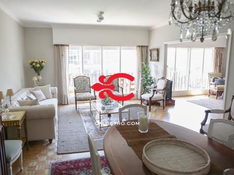 Apartamento En Punta Carretas. Ref: 6388