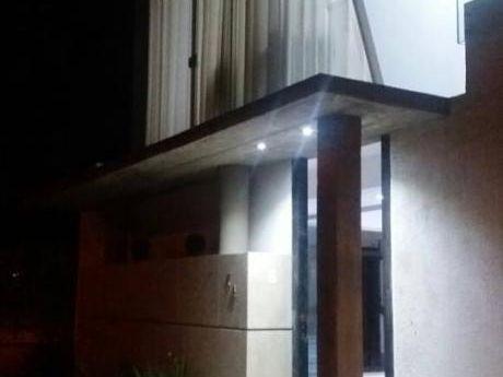 Hermosa Casa De Lujo En Venta ( Duplex )