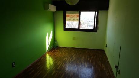 Venta Apartamento Avenida Italia Y B Y Ordoñez. .oportunidad Bajo De Precio !