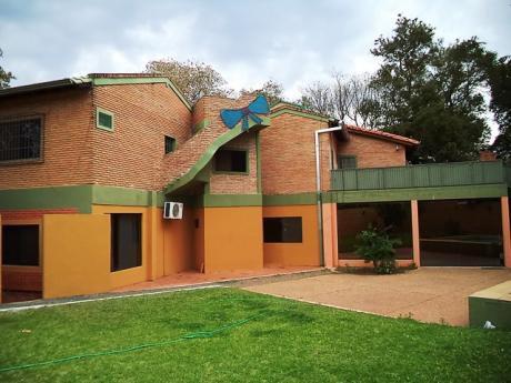 Tierra Inmobiliaria – Hermosa Y Amplia Casa En Ita Enramada! 200 Metros De PerÓn
