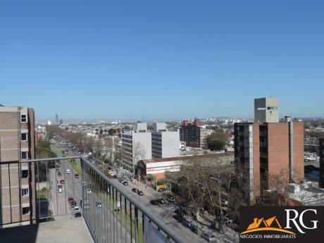 Excelente Vista, Piso Alto, 3 D, Gral Flores Y L. A. Herrera