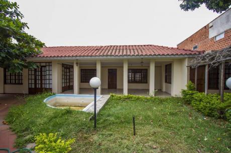Grupo Bello B.r Alquila Y/o Vende Casa En C/ Suárez Arana Sólo Para Oficina