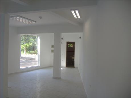 Oficina En Alquiler Zona: Av. Aviadores Del Chaco Y Av. Molas López