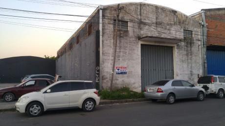 Alquilo Deposito En M R Alonso A 1/2 Cuadra De La Transchaco. 360 M2