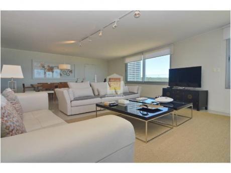 Apartamentos En Playa Brava: Nyp1778a