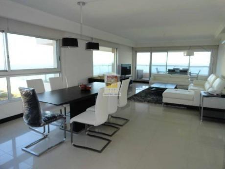 Apartamentos En Playa Brava: Nyp21112a