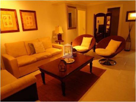 Apartamentos En Playa Mansa: Nyp24225a