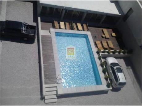 Apartamentos En Playa Mansa: Nyp24400a