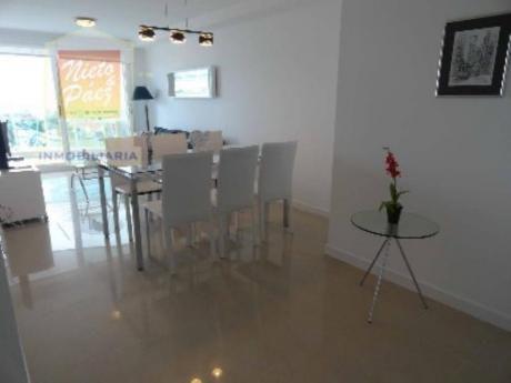 Apartamentos En Playa Mansa: Nyp25942a