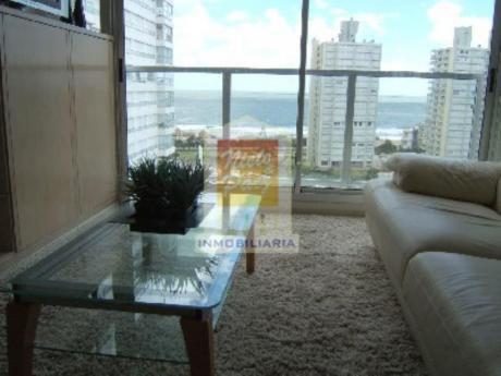 Apartamentos En Playa Mansa: Nyp5991a