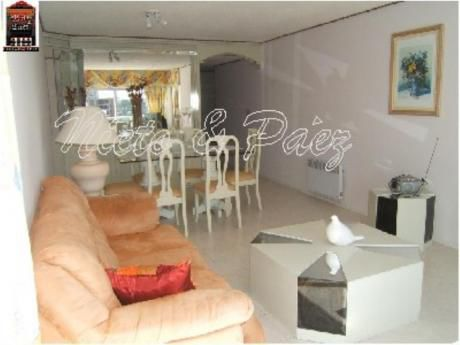 Apartamentos En Playa Mansa: Nyp722a