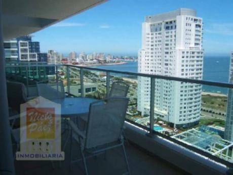 Apartamentos En Playa Mansa: Nyp7804a