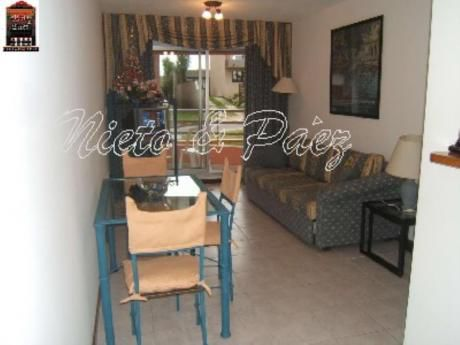 Apartamentos En Playa Mansa: Nyp9800a