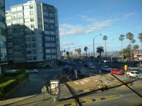 Venta De Apartamentos En Punta Carretas, Sobre Rambla