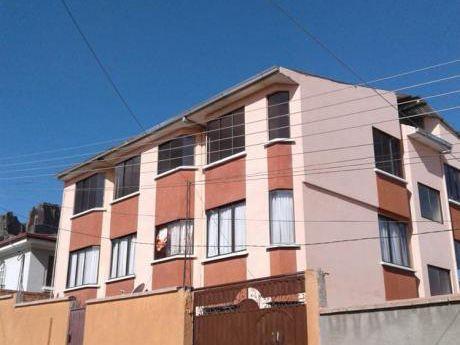 Vendo Soleado Departamento En Chasquipampa Zona Sur La Paz, 71m2 De Superficie ú