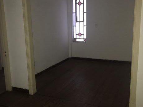 Apto 2 Dormitorios Tres Cruces