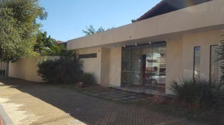Casa Ideal Para Oficina O Vivienda En Las Mercedes