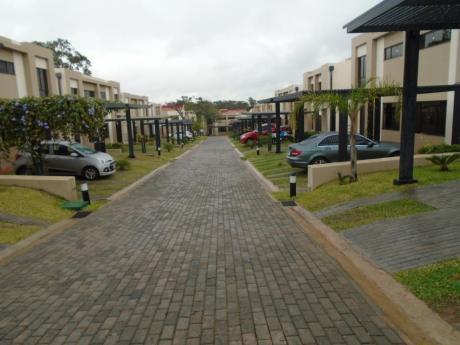 Duplex A Estrenar - Zona: B° Cerrado Boulevard