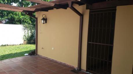 Alquilo Duplex En Barrio Mburucuya, Excelente UbicaciÓn.
