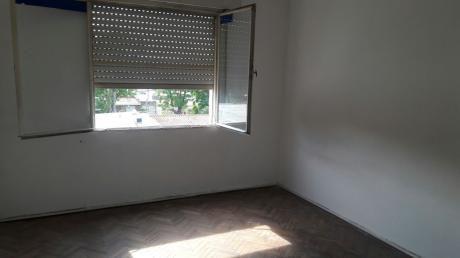 Oportunidad, 2 Dormitorios, Patio, La Blanqueada!!!
