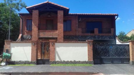 Vendo Hermosa Casa En Mariano Roque Alonso