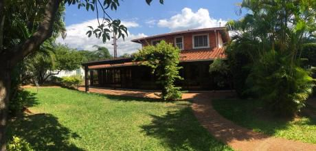 Alquilo Amplia Casa En Lambare 7.500.000gs.