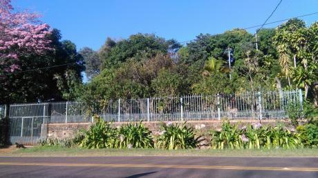 Vendo Casa Con Terreno De 889 M2 S/r Atyra Km 48