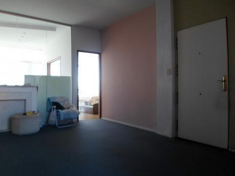 Oficina En Venta 3 Dormitorios