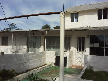Casas 3 Para Reciclar ,ideal Inversores Muy Buena Ubicación