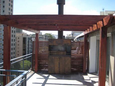 Penthouse Pocitos, Terraza  Parrillero