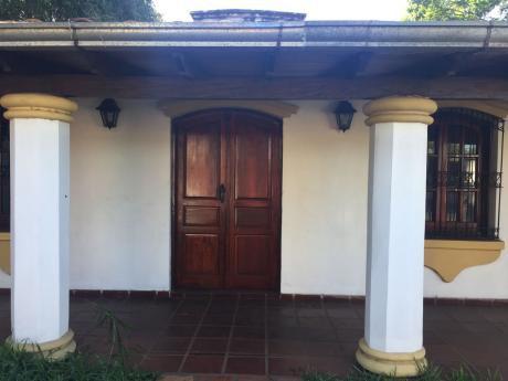 Alquilo Amplia Casa En Planta Baja - Inmediaciones De Salemma
